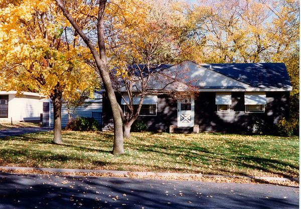 1996-11-00 12th Av S Richfield 1