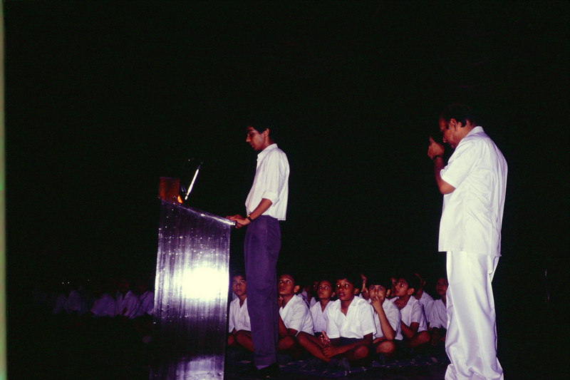 Is that the (actual) Vice Principal Shri. Kamal Stayarthi on the right?