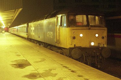 47512 waits time at Leeds with 1M80 1822 Newcastle-Liverpool (04/01/1991)
