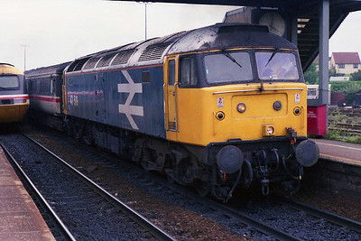 Deputising for a failed '47/8', 47519 calls at Bristol Parkway with 1V54 1141 York-Swansea (07/08/1991)