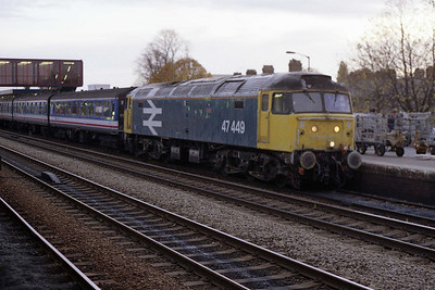 47449 is pictured again shortly before sunset having arrived at Oxford with 1F34 (04/11/1991)
