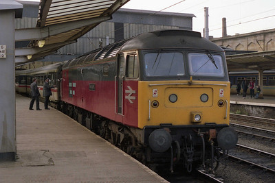 47588 'Resurgent' is attached to 1M34 1700 Glasgow-Euston at Carlisle for the southbound diversion via the 'S&C' to Preston (24/04/1993)