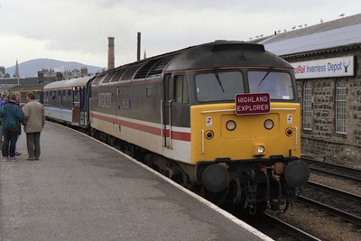 It's good to be back! Some six months after the last official '47' working out of Inverness, 47809 awaits departure from the Highland capital with 1Z37 1700 return charter to Skipton via the ECML and Leeds (12/04/1993)