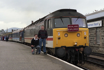 Two members of the 'Secret Service' (or is it the remains of the 'WYBFA'??) pose alongside 'Finsbury Park' prior to departure from Inverness (12/04/1993)