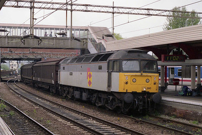 47280 'Pedigree' passes through Northampton with a northbound train of automotive parts (23/04/1993)