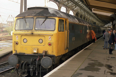 47513 'Severn' backs onto one such train (1S47 0615 Euston-Glasgow) before taking the scenic route north to Carlisle (24/04/1993)