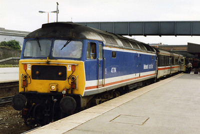 Despite its 'NSE' livery, 47714 was actually a RES machine at the time. Later that afternoon it's pictured again (with me on board this time!) at Leicester with 1F34 1430 St Pancras-Sheffield (29/08/1993)
