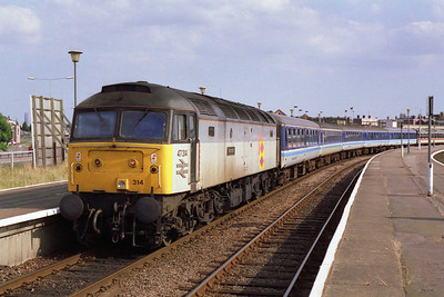 Later that afternoon 47314 soaks up the sunshine at Great Yarmouth before working the return 1M85 1655 to Nottingham (07/08/1993)