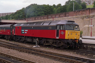 "Having recently been overhauled and reinstated, the former ""47808"" departs Sheffield with 1V64 1408 Newcastle-Plymouth vans in its new guise as RES 47653 (25/08/1993)"