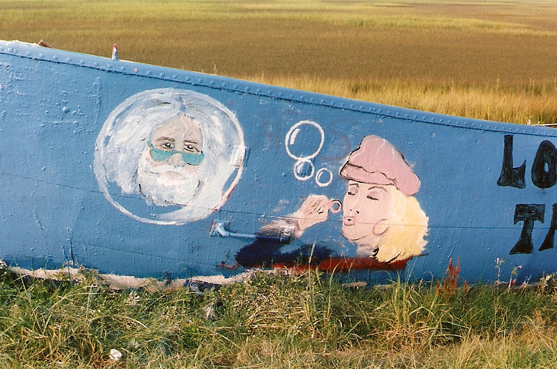 "picture on loan by Rick Bolt<br /> <br /> ""the boat got everyone's attention as soon as she showed what the outdoor canvas could be.""<br /> <br /> <a href=""http://www.pbase.com/laplageauxfolles/graffiti_boat"">http://www.pbase.com/laplageauxfolles/graffiti_boat</a>"