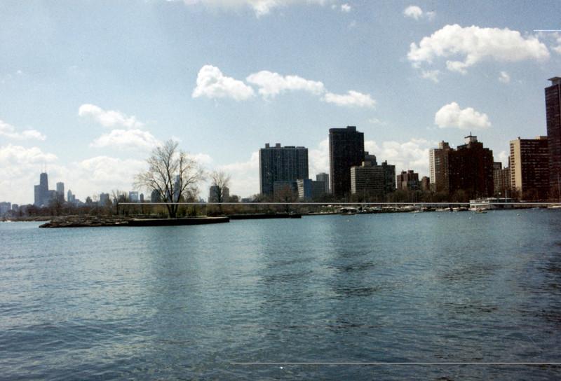 04-28-95 Chicago 17 Belmont Harbor
