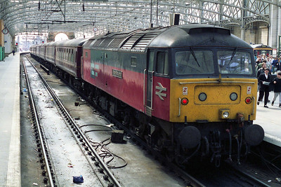 47774 'Post Restante' takes a breather at Glasgow Central after arriving with 1Z50 0620 Green Express charter from Sheffield (06/05/1995)