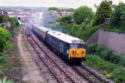 50002 departs from Paignton with a train for Kingwear (27/07/1995)