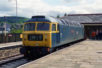 Abnother view of 47402 during the run-round at Rawtenstall. 'Gateshead' returned south with the 1000 to Bury (12/06/1995)