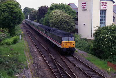47807 is seen arriving into Paignton with un unidentified Cross Country service from the north (27/05/1995)