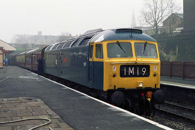 A last look for today at 47402 on arrival back into Bury with the 1200 from Rawtenstall (04/03/1995)