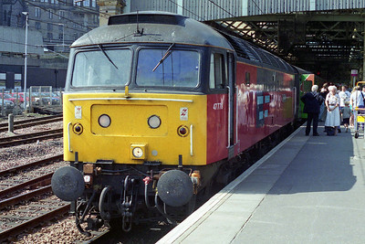 The following week I took a break from my new-found home on the Birmingham to Oxford corridor to return to more familiar surroundings. 47778 'Irresistible' is pictured on arrival at Edinburgh Waverley with the Huddersfield Green Party's 1Z50 0620 charter from Sheffield (19/08/1995)