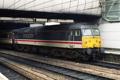 47853 stands at Birmingham New Street on its way to Preston with 1S76 0920 Brighton - Glasgow (12/10/1995)