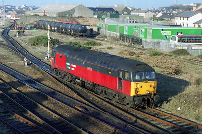 47707 'Holyrood' runs round its train at Holyhead after arriving with 1D86 0810 from London Euston (28/01/1996)