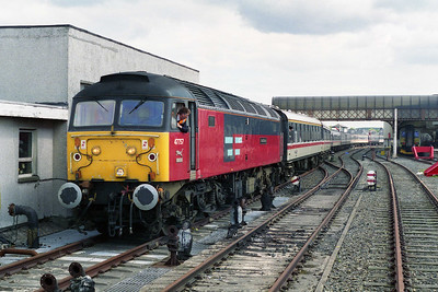 47757 propels the stock back into the platform before running round. The train had drawn right up to the buffers to clear the points at the north end of the station (18/05/1996)