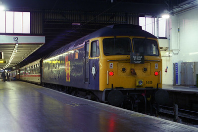 A last look at 'MERDDIN EMRYS' on the blocks at London Euston after arriving with 1Z54  (27/07/1996)