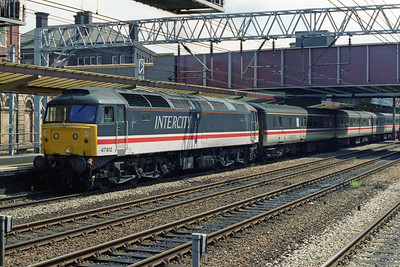 47812 calls at Crewe with the SuO 1M48 0858 Paddington - Manchester Piccadilly (14/07/1996)