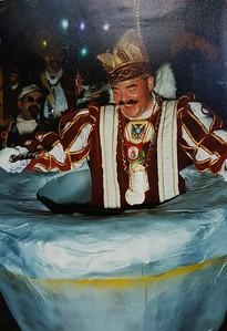 Kabinet van Prins Peter den Eerste op bezoek bij de Waoterjokers