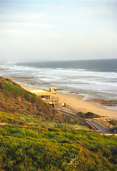 1998 early Portsea SLSC Clubhouse 04