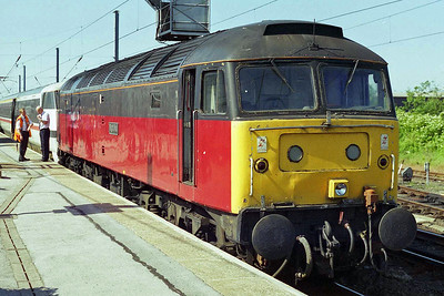 47476 is pictured again on arrival at Newark Northgate with 1E06, which had been diverted away from the ECML because of an engineering possession (25/05/1997)