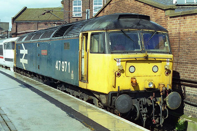 Later that afternoon 47971 is pictured again at Doncaster before departing once again for Newark with 1E07 1045 Glasgow Central - Kings Cross (04/05/1997)