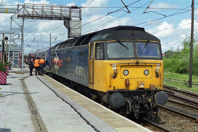 'Robin Hood' is pictured again on arrival at Newark Northgate having completed the short diversionary run via Gainsborough and Swinderby whilst the ECML was closed for an engineering possession (04/05/1997)