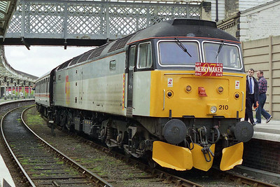 Another view of 47210 with 1Z47 during the pathing/photo stop at Bridlington (24/05/1997)