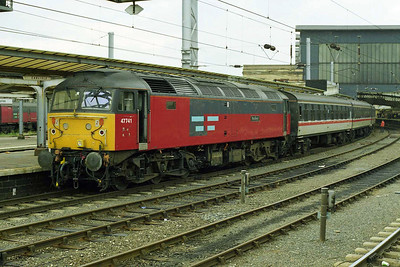 47741 waits to depart from Carlisle with 1538 return leg via the Tyne Valley and ECML (27/08/1997)