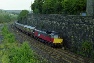 47792 'Saint Cuthbert' rounds the curve into Marsden with the empty stock for 1Z50 0622 Green Express charter to Edinburgh (02/08/1997)