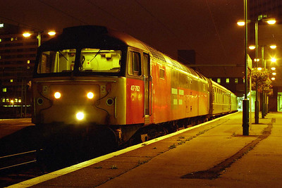 A nocturnal view of 47782 on arrival back at Leeds later that evening with the 1710 return leg from Edinburgh (23/08/1997)
