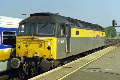 Another view of 47976 at Ramsgate whilst running round to work the return 1M79 1348 back to Birmingham (16/08/1997)