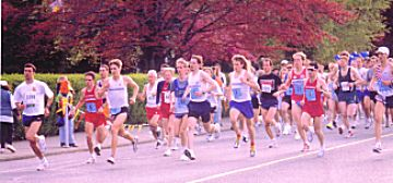 1998 Races - 1998 Garden City 10K - Mark Creery leads from the gun