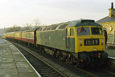 47402 catches some early morning sunshine at Ramsbottom whilst working the 0900 Bury - Rawtenstall during a running day at the East Lancashire Railway (10/01/1998)