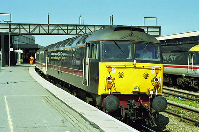 Fragonset's 47703 awaits departure from Gloucester having run round the diverted 1V46 0910 Liverpool - Plymouth (02/05/1998)