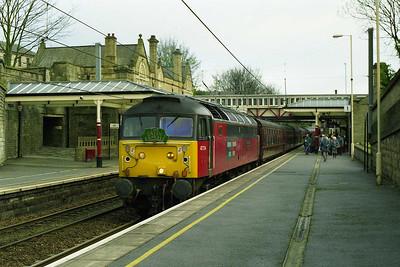 1Z53 0613 Long Preston - Edinburgh 'Green Express' charter arrives at Bingley behind 47734 'Crewe Diesel Depot' (11/04/1998)