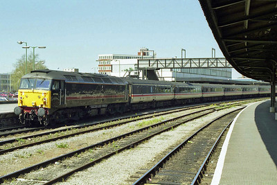 Another view of 47703 at Gloucester before continuing its journey south with 1V46 (02/05/1998)
