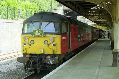 47766 'Resolute' is pictured on arrival at Edinburgh Waverley with 1Z51 0620 Green Express charter from Sheffield, which had included a rare run over the Penistone line (31/08/1998)