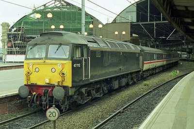 Another view of 47712 waiting to return south from Newcastle with 1V64 1243 to Penzance (16/08/1998)
