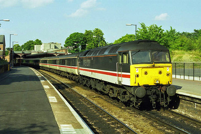 In some gorgeous afternoon sunlight, 47805 waits time at Cheltenham Spa wit hthe SuO 1V64 1243 Newcastle - Penzance (02/08/1998)