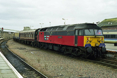 47778 shunts the empty stock off 1Z54 after arriving in Inverness from Aberdeen (08/11/1998)
