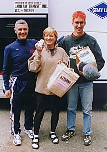 1999 Alberni 10K - Bob and his Bonus Buds!