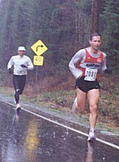 1999 Cedar 15K - Sylvan Smyth leads Rob Hasegawa through the deluge