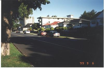 Royal Victoria Marathon Landmarks - 1999 Course - 6 km - Dallas Rd. Westbound