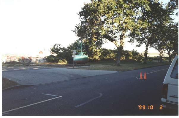 Royal Victoria Marathon Landmarks - 1999 Course - One Mile To Go - Ogden Point