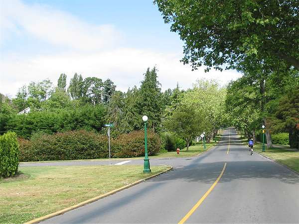 Royal Victoria Marathon Landmarks - 1999 Course - Turn left onto Exeter to loop back towards home